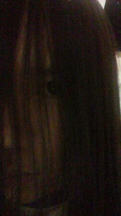 前髪の伸びきった黒髪ロングのロリ幼女