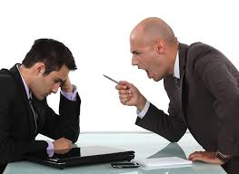 転職成功したら前職の上司がキレててワロタwwwww