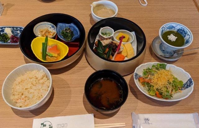 文殊荘昼食