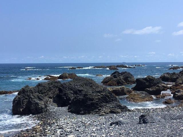 熱い太陽と潮騒を感じる・室戸岬