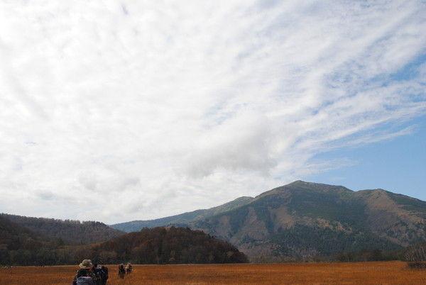 至仏山と雲のコントラストが美しい