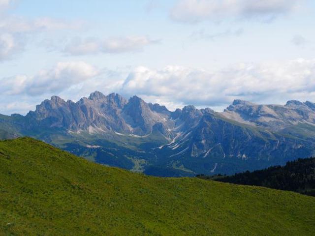 ドロミテ北部の山々