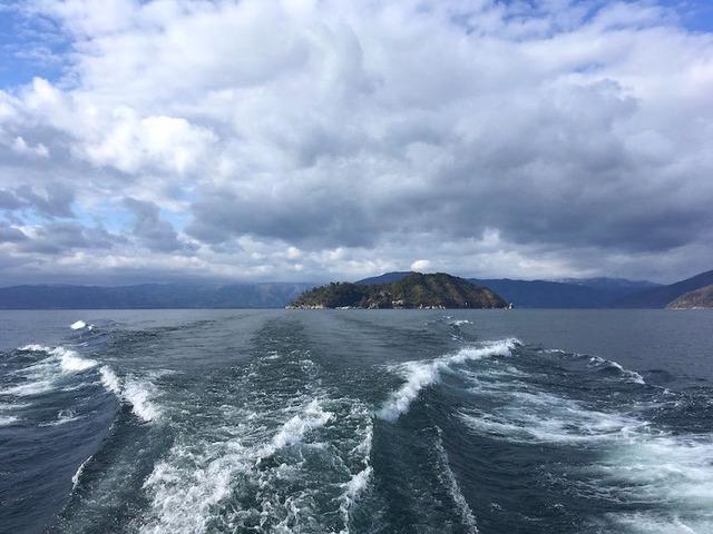 44.竹生島が遠くなります