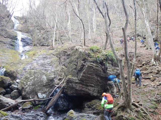 10三段の滝を超えたら気を抜けない領域・碧岩・大岩
