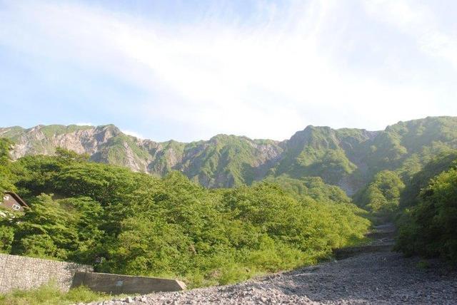 大山の北壁が姿を見せた。荒々しさが印象的