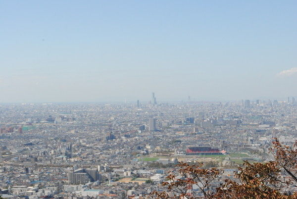 額田山展望台からの眺め。大阪市内を一望できる