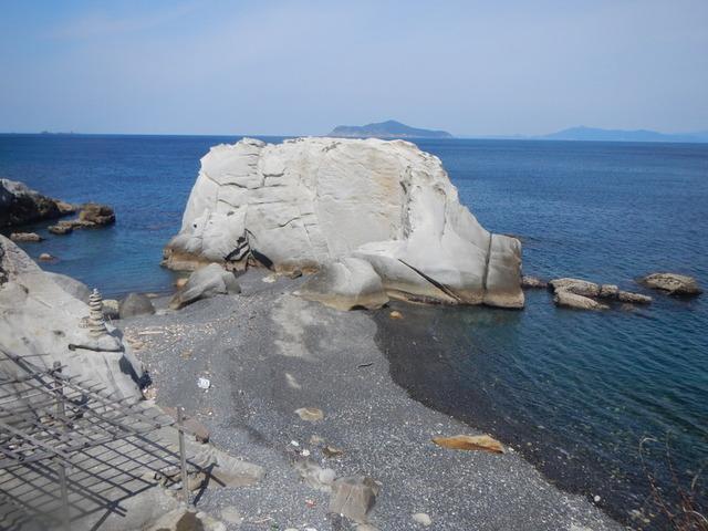 8静かなうどの浜・沖ノ島