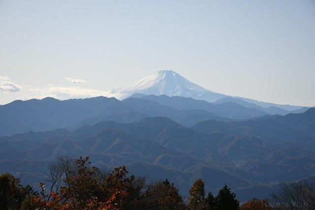 陣馬山山頂からの富士山