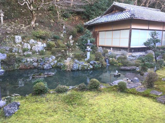 5.びわ湖を表現していると言われる庭園