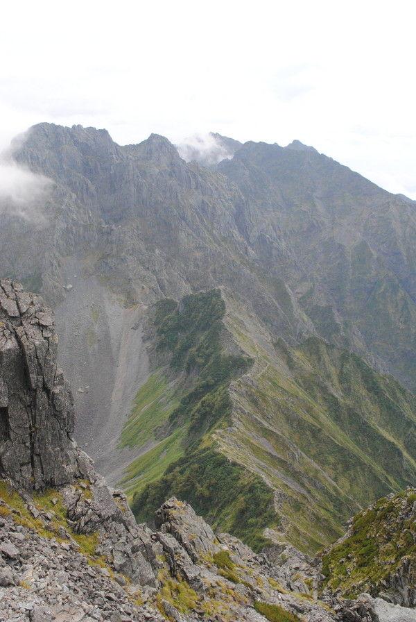 大キレットと北穂高岳の絶壁