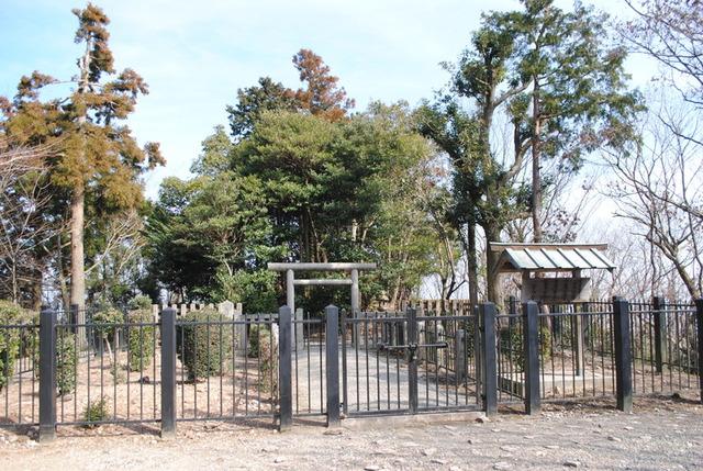 大津皇子の墓所