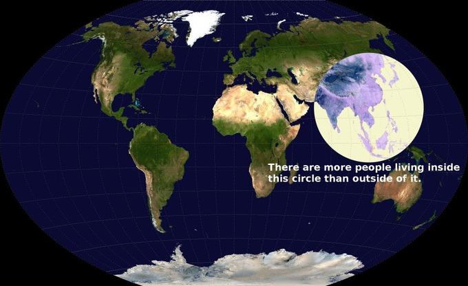 中国の人口約13.7億人 インドの人口約13.1億人
