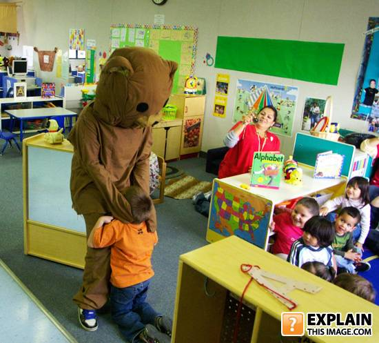 pedobear-attacks[1]
