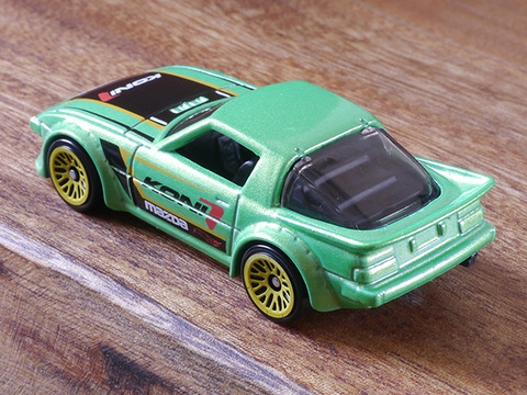 hot-wheels-RX-7 (8)