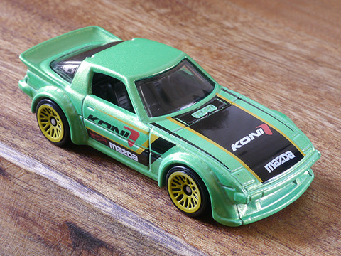 hot-wheels-RX-7 (7)