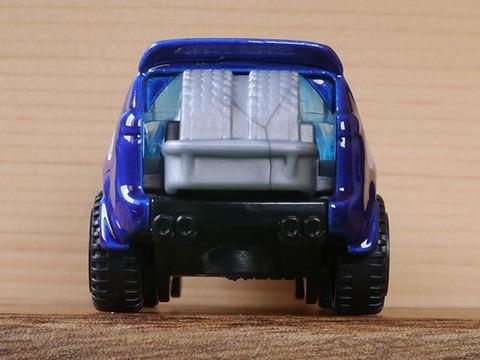 Hot-Wheels-CHRYSLER-PACIFICA (5)