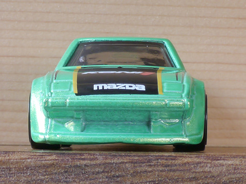 hot-wheels-RX-7 (4)