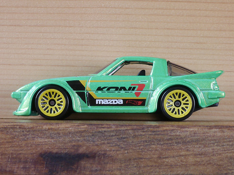 hot-wheels-RX-7 (5)