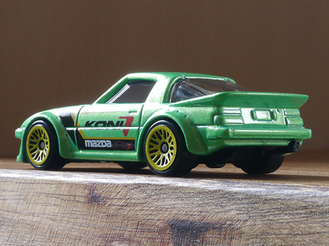 hot-wheels-RX-7 (3)