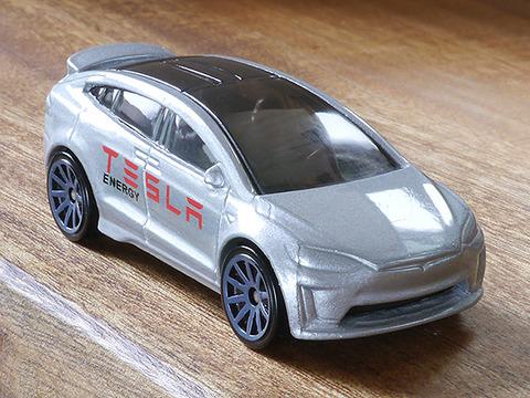 hot-wheels-tesla-model-x (21)