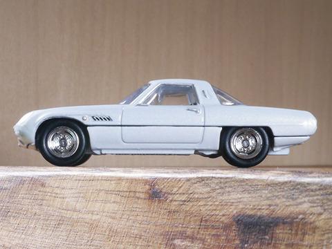 hot-wheels-MAZDA-COSMO-SPORT (4)