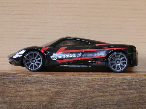 hot-wheels-Pagani-Huayra (6)