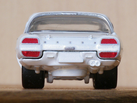 hot-wheels-MAZDA-COSMO-SPORT (17)