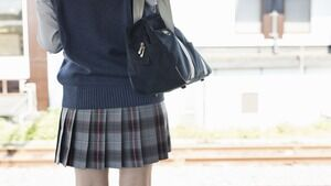【閲覧注意】女子高生のオナラの匂いがコチラwwww