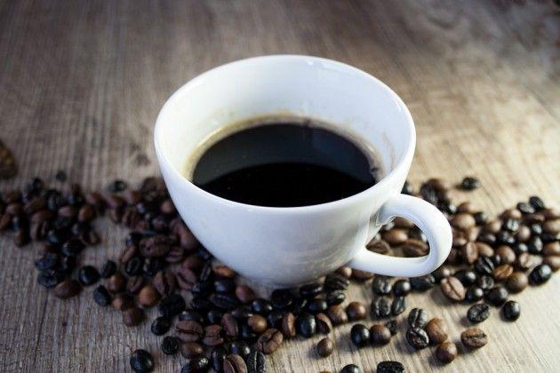 コーヒーを一日に4杯飲んでるんだけど飲みすぎだったりする?