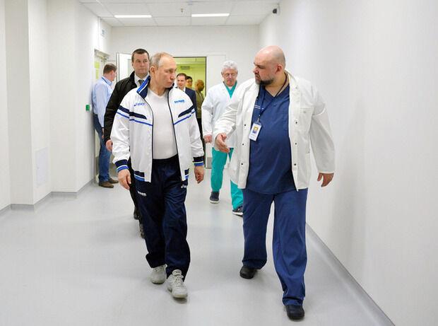 【ロシア】プーチン氏が「自主隔離」 接触した医師がコロナ感染