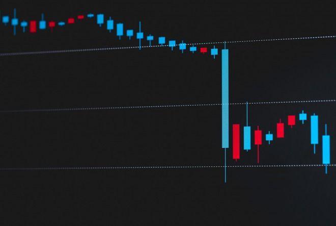【騒然】NYダウ平均株価が急落、史上3番目の下げ幅!前日終値比831ドル 貿易戦争や金利拡大で