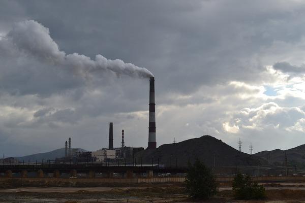 大気汚染物質が肌に悪影響