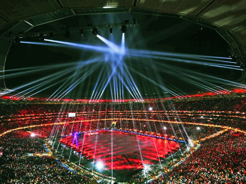 s_Closing-Ceremony-World-Cup-Final-Trophy-Champ_2476698