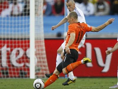 s_Arjen-Robben-Holland-Slovakia-2010-World-Cup-_2471693