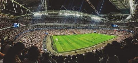 サッカースタジアムと観衆