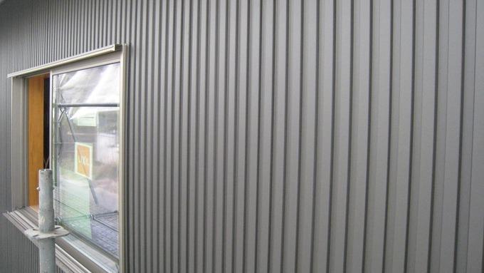 ガルバリウム鋼板八山