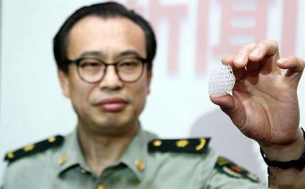 chinese-doctors-4d-printing-reconstruct-breast-cancer-patient-1