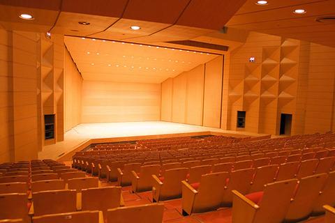sub_hall_sakura_stage