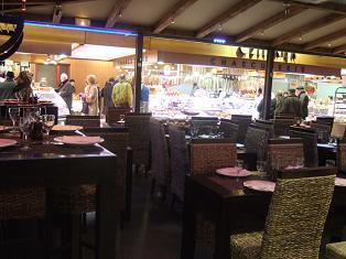 牡蠣 店内 chez georges リヨン