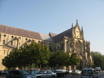 1 サン・レミ聖堂