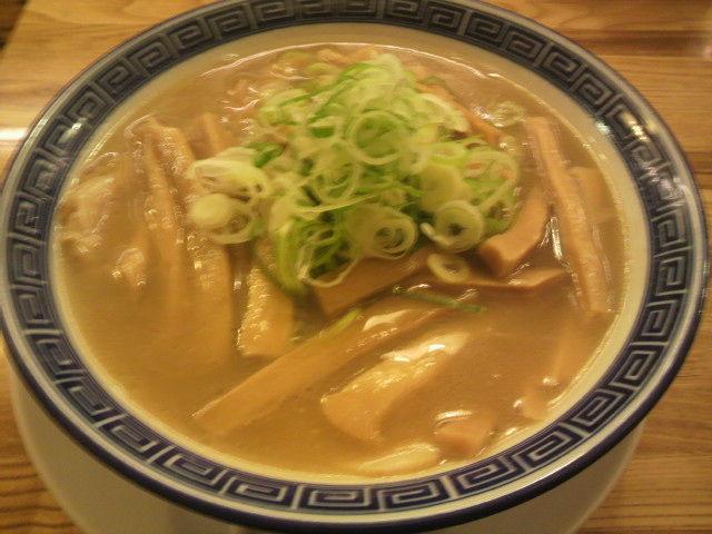 好来分店 竹 1000円     <br> ここはスープの量が多いけど、思わず殆んど完食状態。本当に美味しかった。
