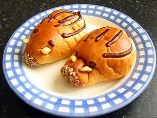 どんぐりのパン