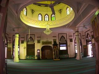 きれいなモスク内
