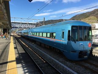 松田駅で乗り換え