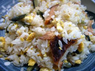 野沢菜と鮭の炒飯