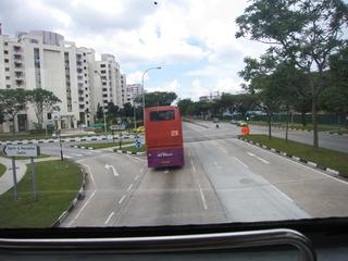 2階建てバスで撤収