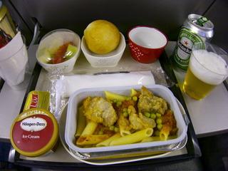 香港行き機内食