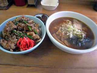 みそラーメン&バラ肉丼