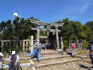 弥彦神社奥の院