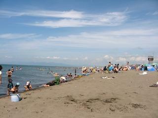 Beach_Ishikari/石狩浜・海水浴シーズン_-_panoramio
